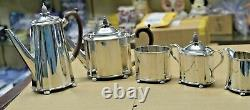 Vintage George 111, Circa 1701 Sterling Silver 5 Piece Tea and Coffee Set 86 TOZ