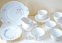 21 Pcs Tea Coffee Set, Vintage Crown Trent Violettes. Porcelaine Fine, Angleterre