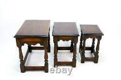 3 Tables De Nest En Chêne Massif Vintage 1930s Petit Ensemble De Table De Café Lampe Stand Retro