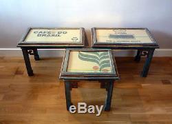Antique Vintage Milieu Du 20e Siècle Chinois Peints Coffee Side Tables Ensemble De Trois Verre