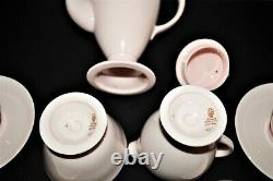 Beau Ensemble De Café Vintage Wedgwood Alpine Pink Demitasse