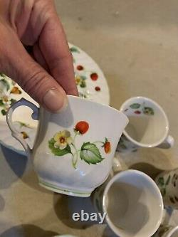 Ensemble Vintage James Kent Old Foley Strawberry Staffordshire Tea Coffee Cups Plaques