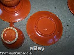 Vintage Stangl Tangerine After Dinner Coffee Pot Avec 8 Ensembles De Tasses Et De Soucoupes