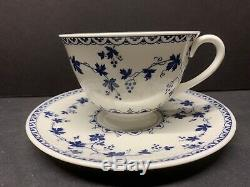 Vtg Royal Doulton Angleterre Yorktown 12 Soucoupe N Footed Tasse De Thé Et Café Set